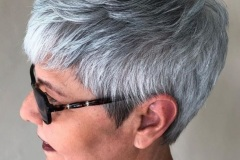 10-tomboyish-gray-and-white-pixie